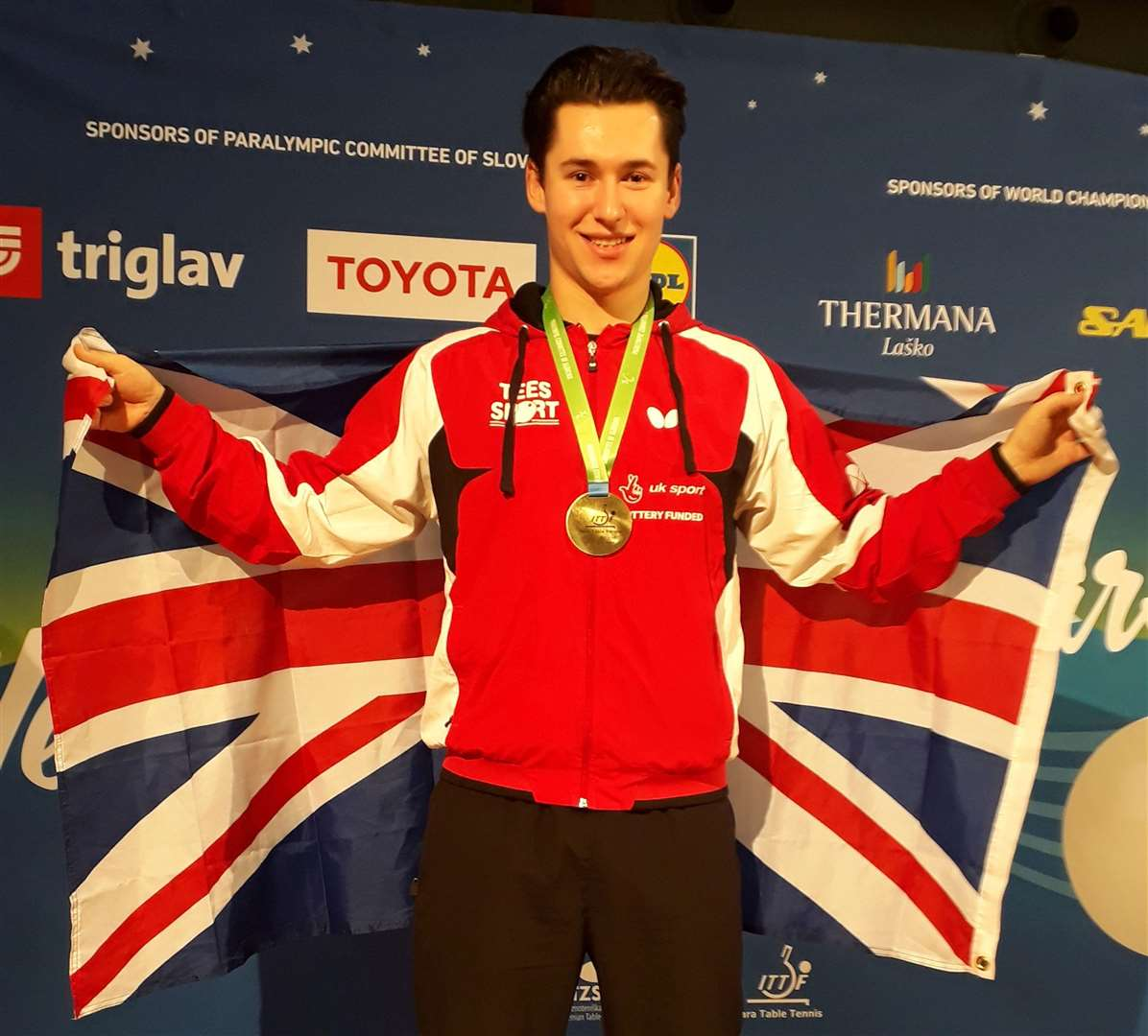Ross Wilson with his gold medal