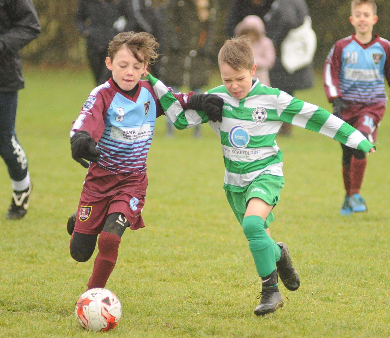 Wigmore Youth Whippets under-9s, left, take on New Ash Green Grasshoppers Picture: Steve Crispe