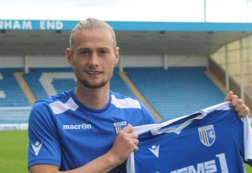 Gillingham sign Coventry City defender Declan Drysdale