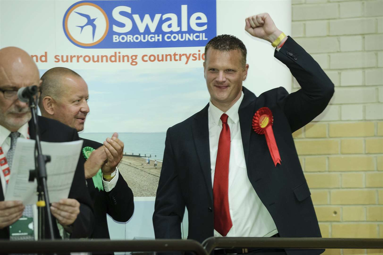 Mike Rolfe (Lab) raises his hand to supporters as Labour comes in second place in Sittingbourne and Sheppey.The Sittingbourne and Sheppey constituency count for the 2017 General Election, at the Swallows Leisure Centre, SittingbournePicture: Andy Payton FM4804171 (15547554)