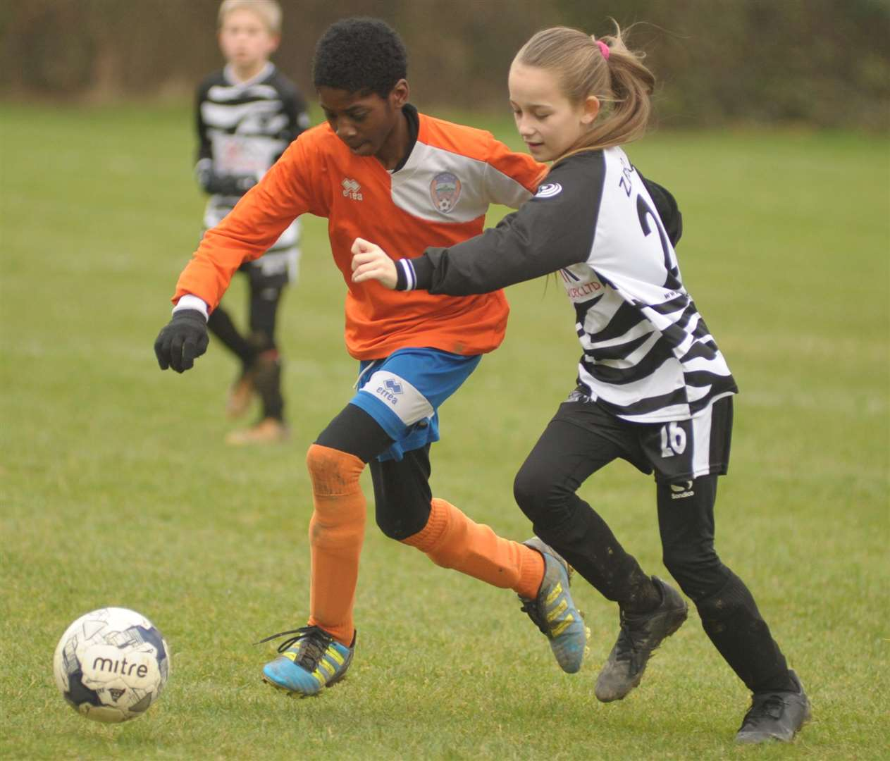 Cuxton 91 Crusaders and Milton & Fulston United under-11s go head-to-head Picture: Steve Crispe
