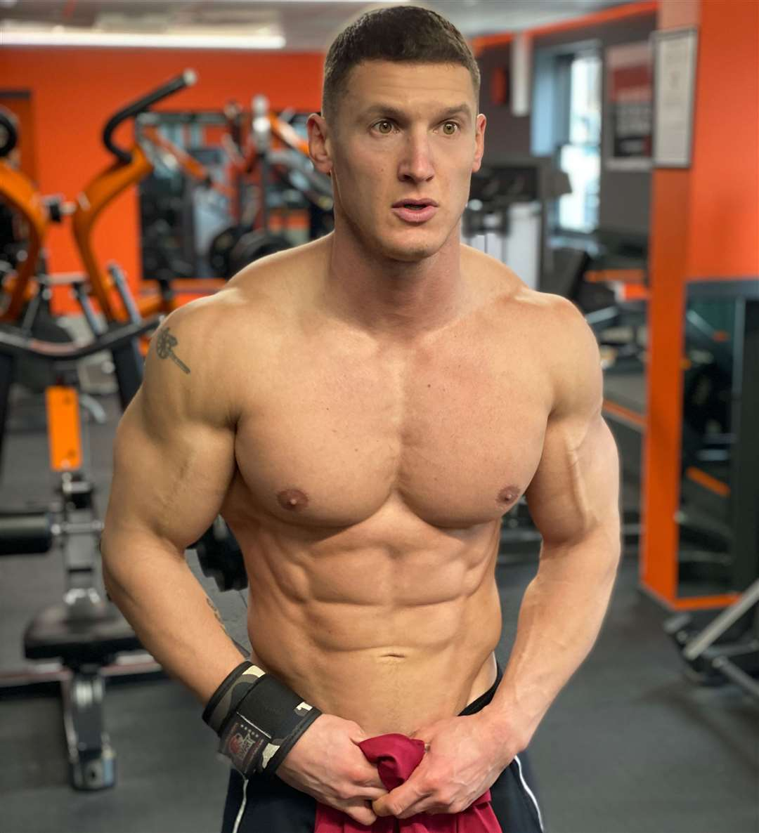 Matt maintains his sculpted physique, with 13% body fat, by training for two hours in the gym, five days a week