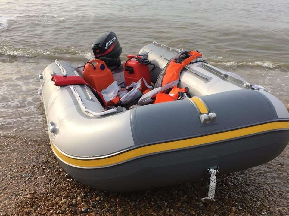 The rigid hull inflatable dinghy was abandoned on the beach. Photo: Beata Hrkova