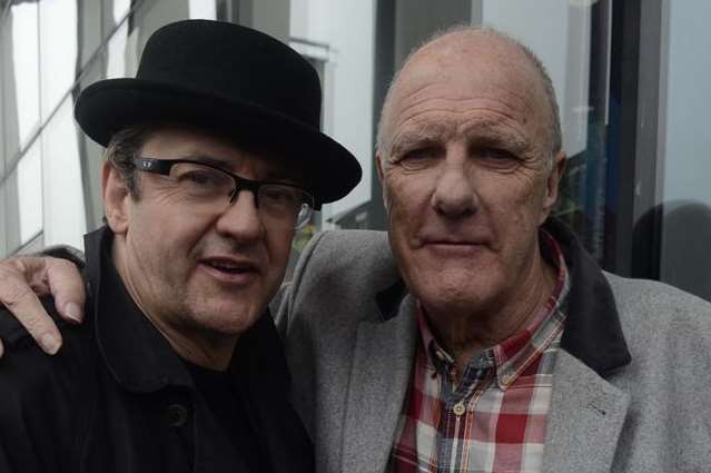 Dave Lee's friends Joe Pasquale and Richard Digance were at the unveiling