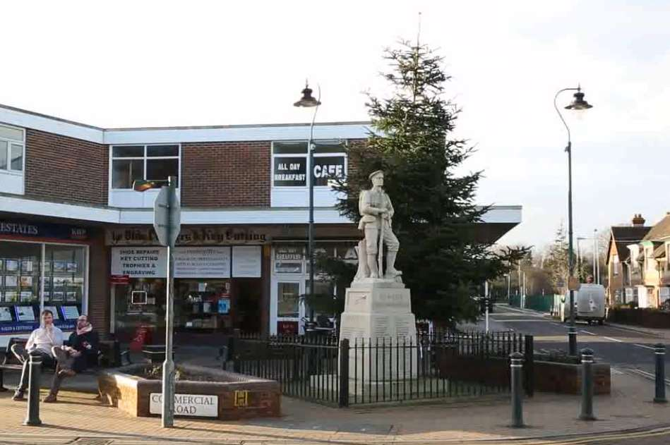 Paddock Wood's Christmas tree could remain up until February