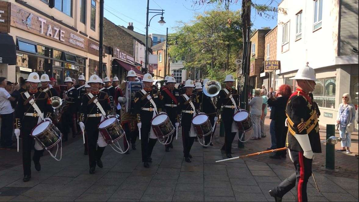 The Royal Marine Band lead the freedom parade, followed by the crew of HMS Medway (17141358)