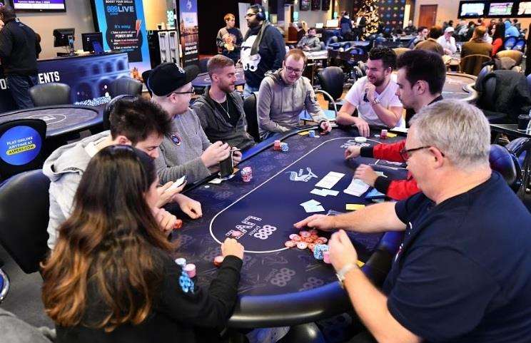 The table at the Super High Roller Event of the 888poker Live London Festival