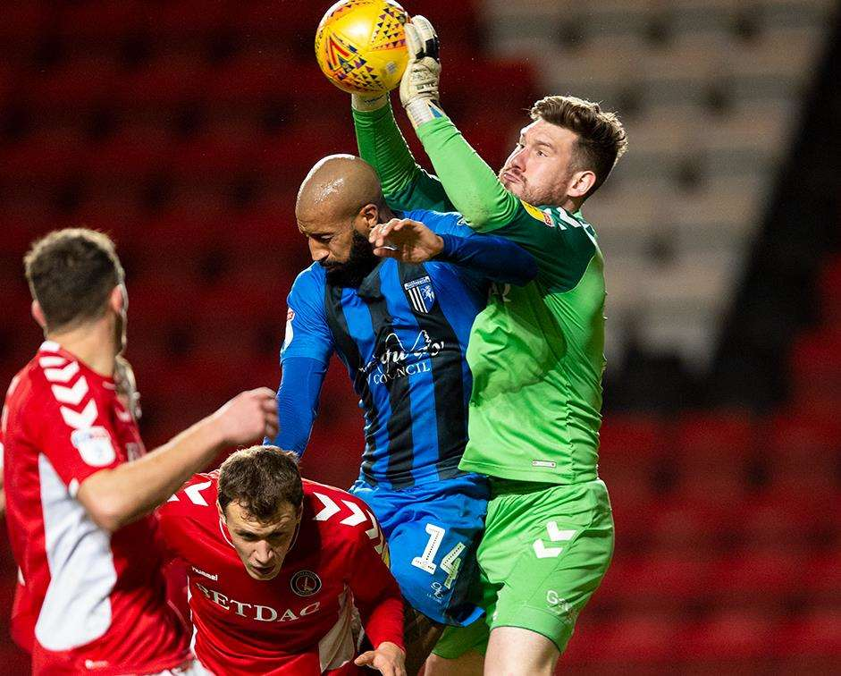 Charlton v Gillingham match action Picture: Ady Kerry (6191838)
