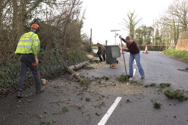 Homes Across Kent Remain On Flood After Soldiers Drafted
