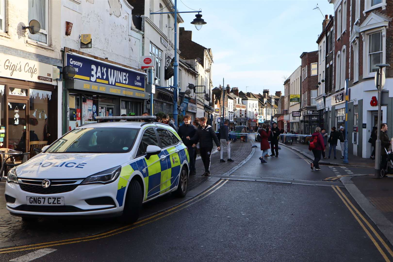 Police have closed off Sheerness High Street after a teenager was attacked (24593712)