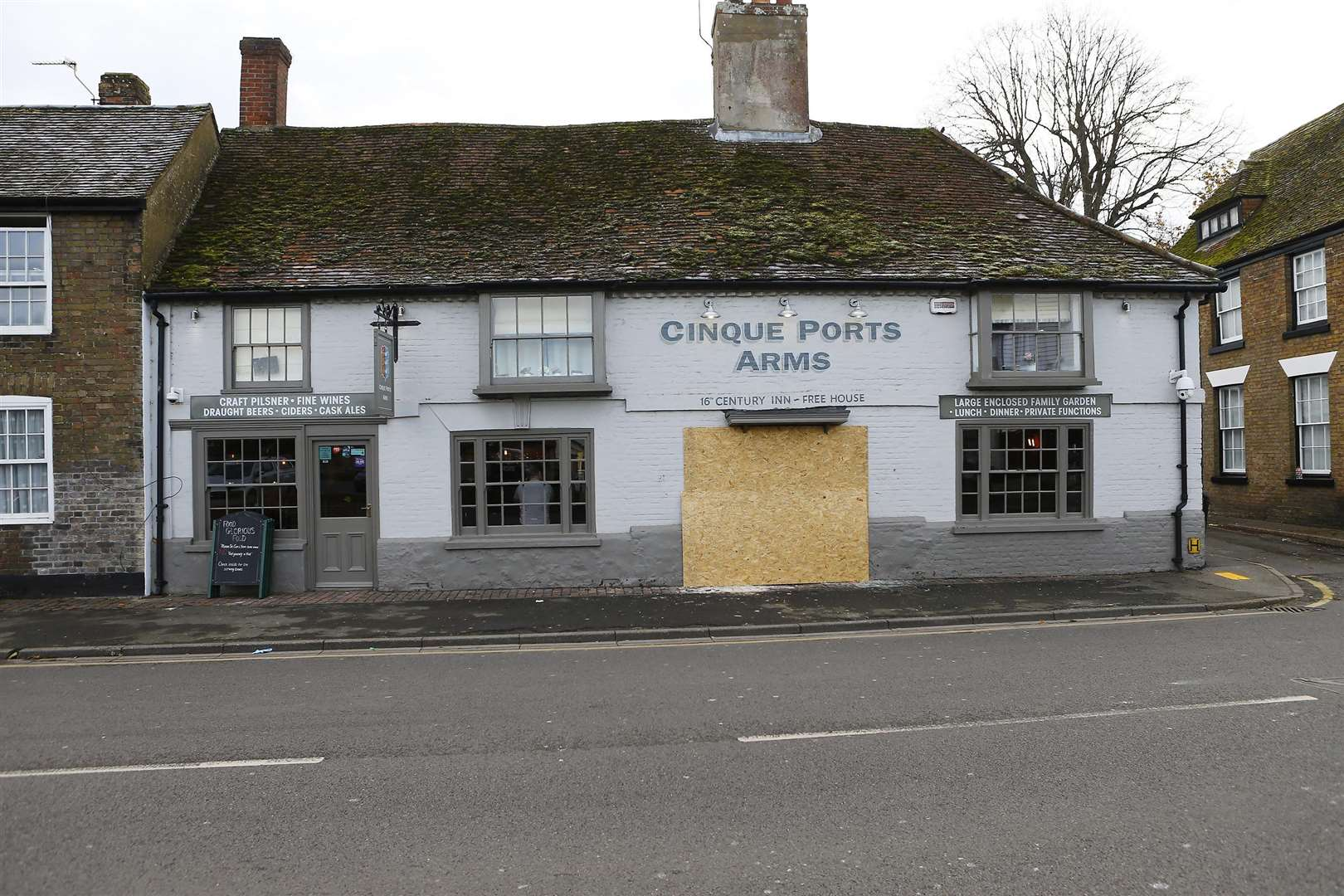 The Cinque Port Arms in New Romney after the accident
