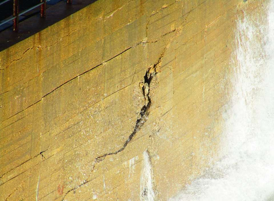 A close-up of some of the cracks. Picture: Samphire Hoe