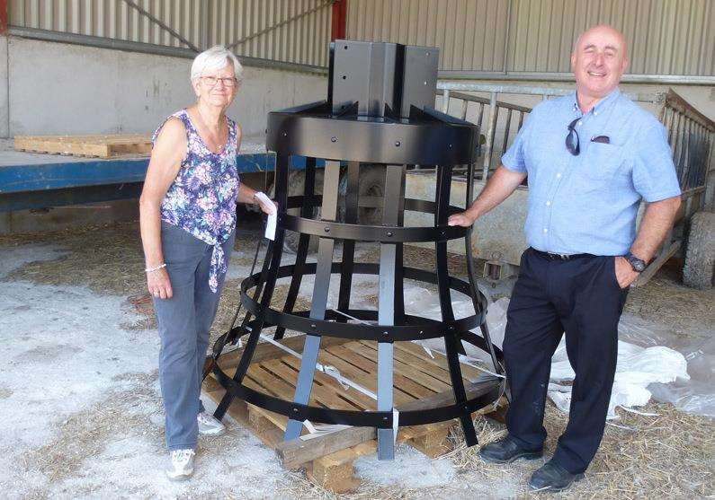 Thelma Dudley, Newington History Group secretary, and Dean Coles, NHG chairman, with the beacon basket