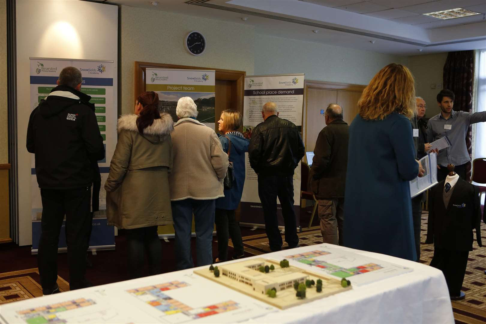 The public examine the plans