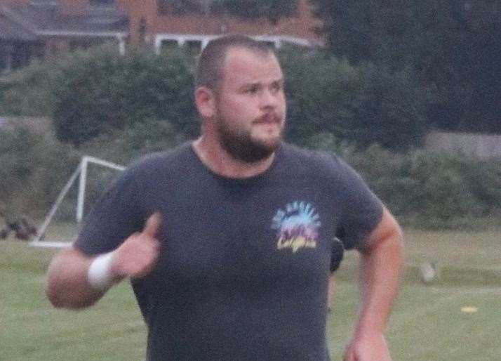 Ashford RFC captain Adam Knight leading by example (38957116)