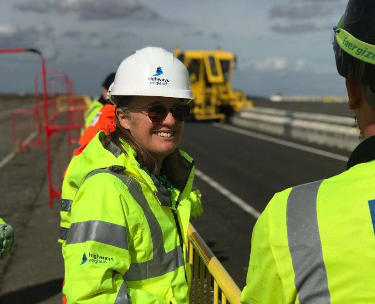 During her visit to Kent, MP Rachel Maclean watched a demonstration of the new Operation Brock barrier at Manston Airport