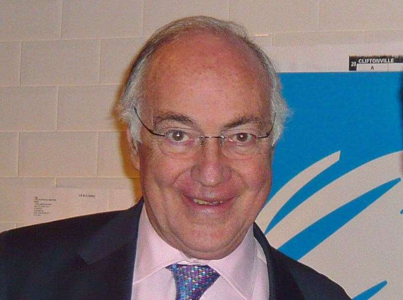 Michael Howard will chair the final hustings