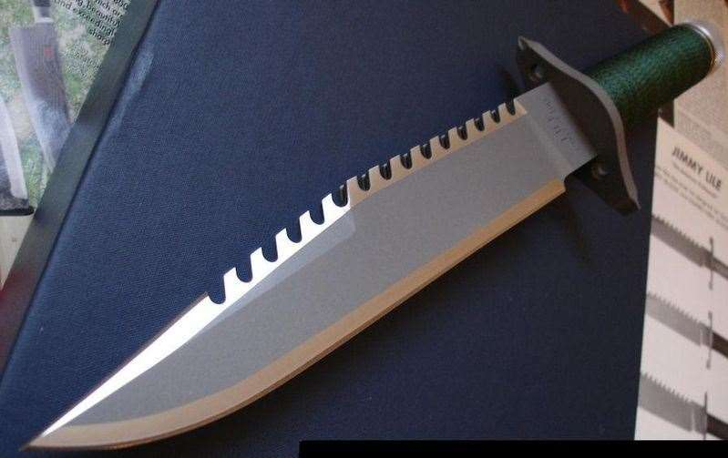 "The schoolgirl bought a ""Rambo"" knife like this one, which she kept with her at all times"