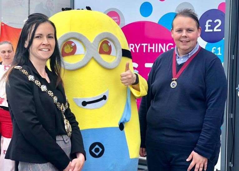 Zoè with her deputy Cllr Ashley Shiel meet a Minion at one of the many civic functions they carried out pre pandemic