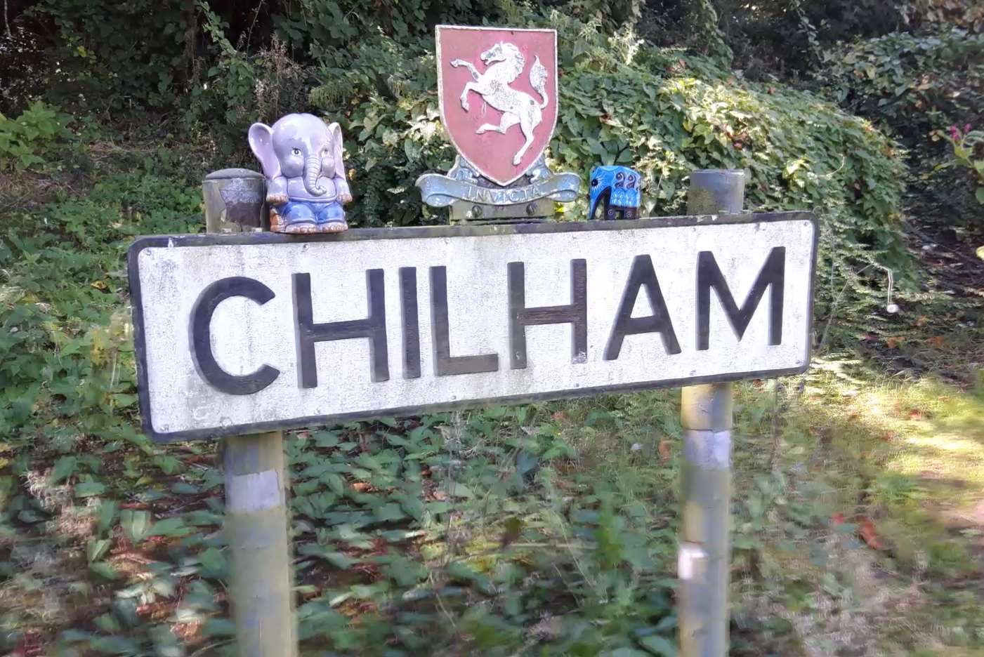 The Chilham sign has a number of the elephants around it.