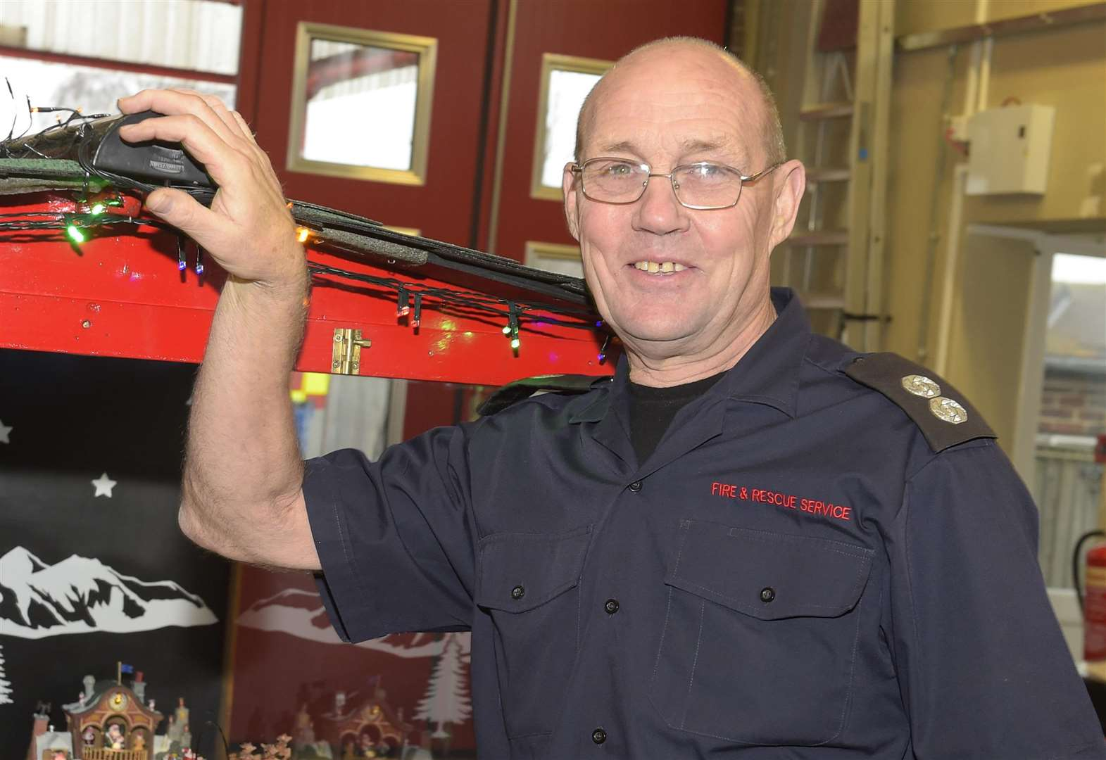 UK's longest serving firefighter Malcolm Cowie from Deal retires