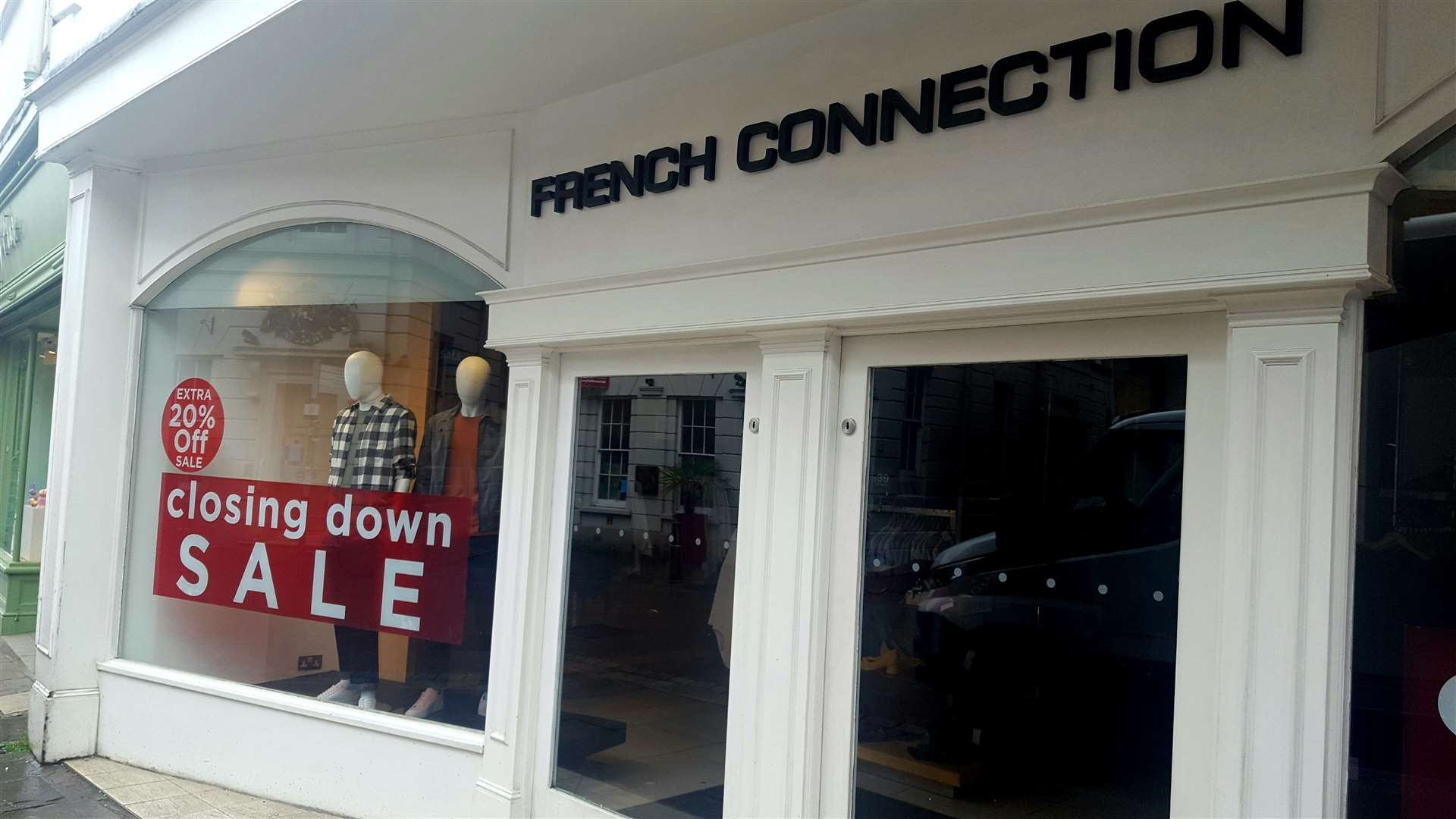 4f2ca00fe4e French Connection in the High Street is closing (8253736)