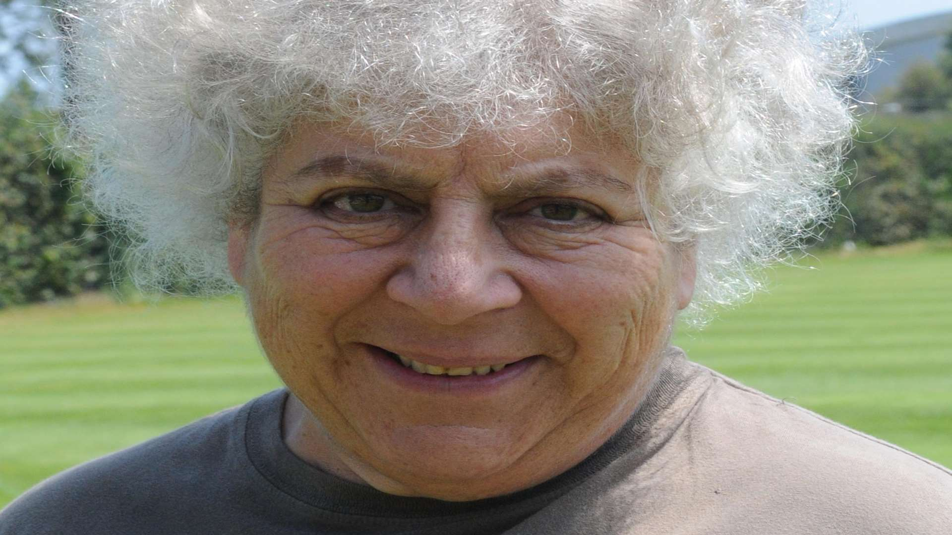 Miriam Margolyes who has a home in St Margaret's Bay wrote an impassioned letter to Dover Harbour Board about the planned dredging of agrigate from the Goodwin Sands