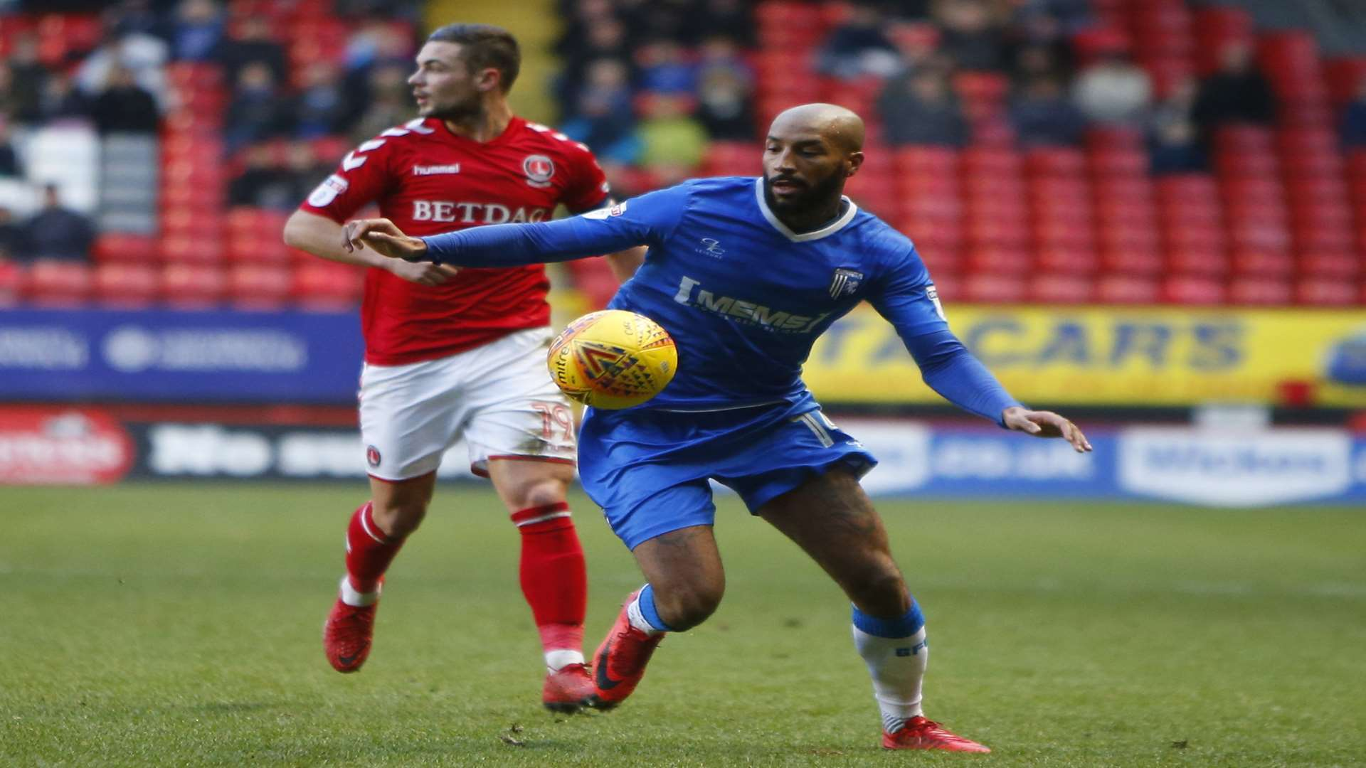 Josh Parker in possession for Gills Picture: Andy Jones
