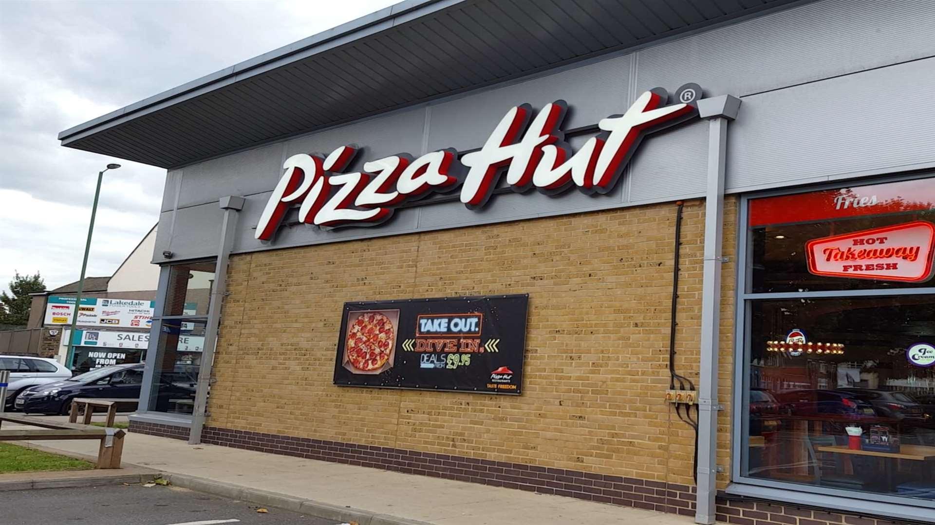 Police Officers Seen Cordoning Off Pizza Hut In Dartfords