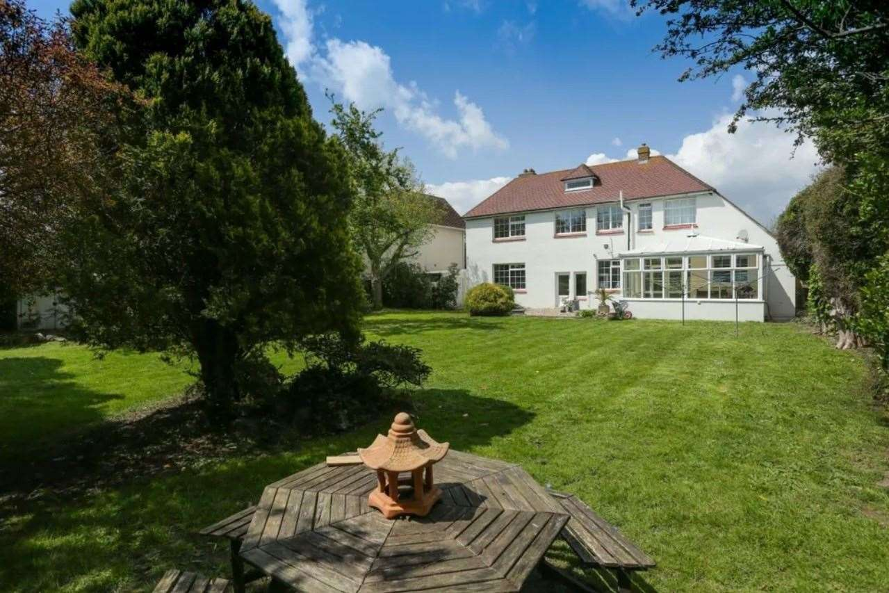 The large rear garden. Picture: Zoopla / Miles & Barr