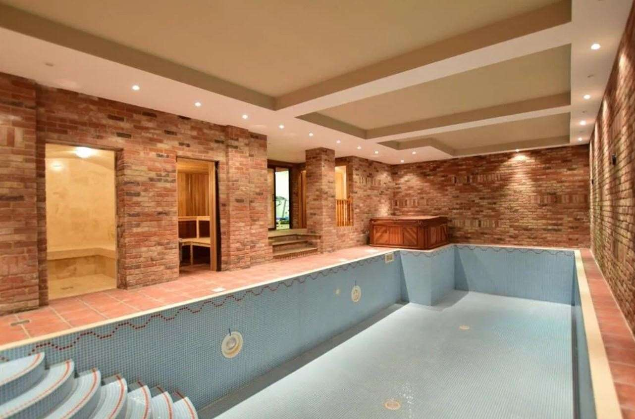 A look at the indoor swimming pool. Picture: Zoopla / Fine & Country