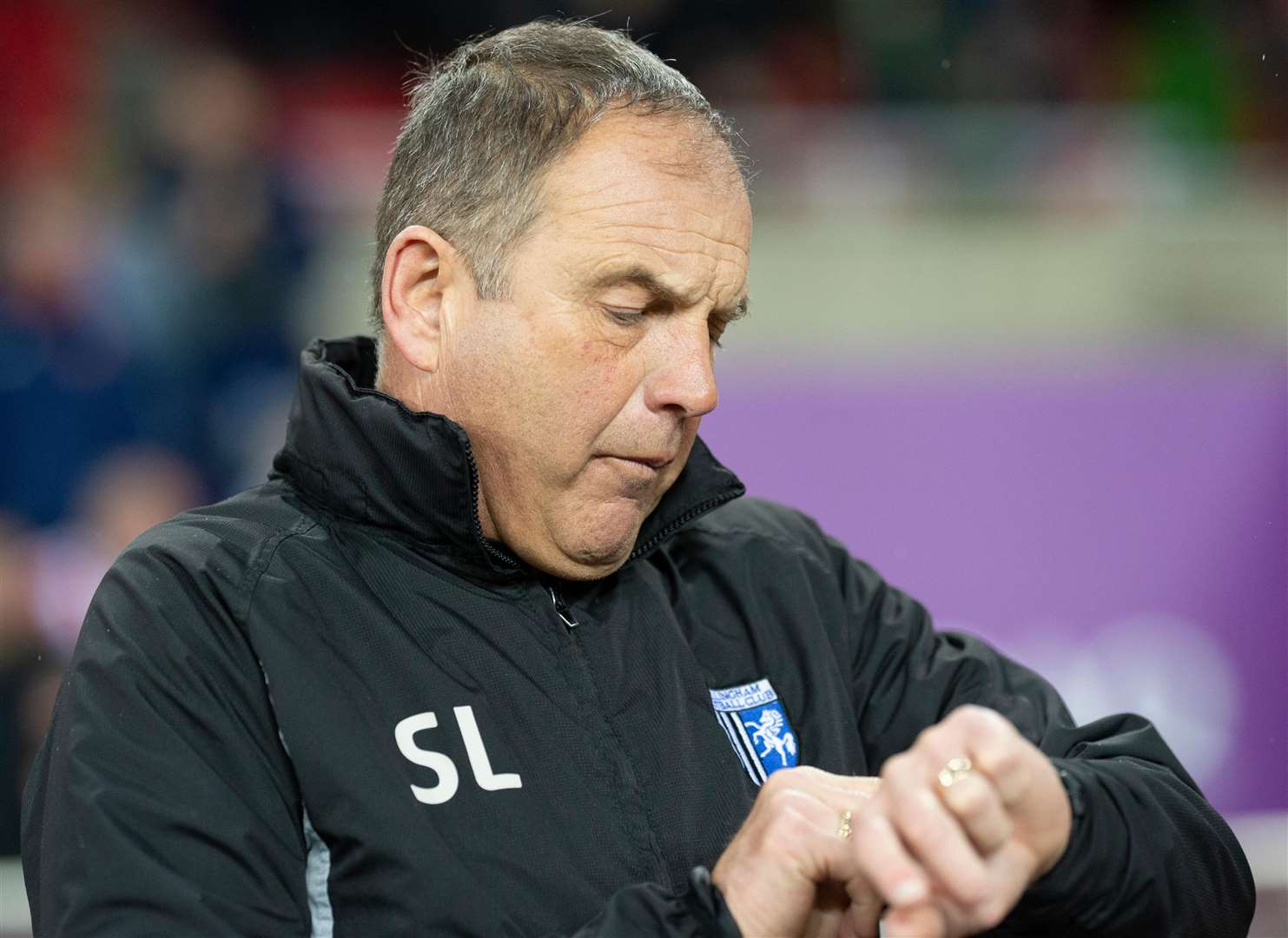 Gills manager Steve Lovell checks how much time is left Picture: Ady Kerry