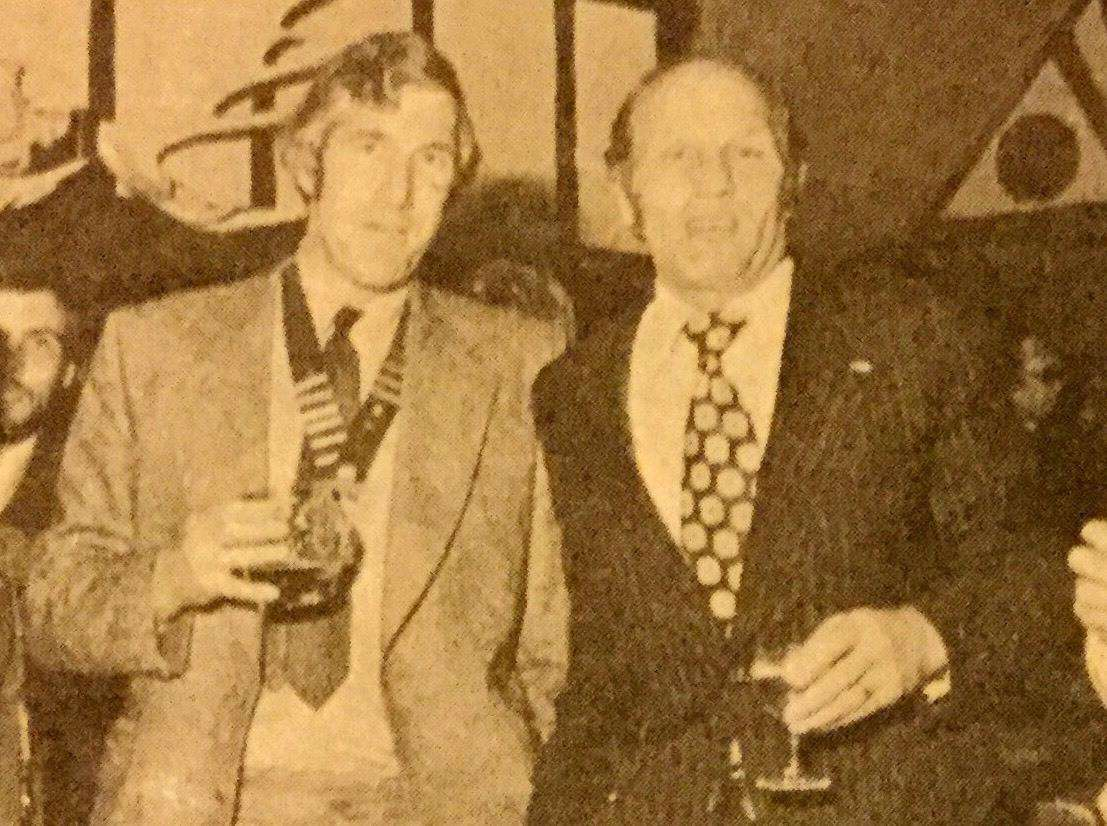 John Simmonds with boxing champ Henry Cooper who he pursuaded to support a fundraiser (3694959)