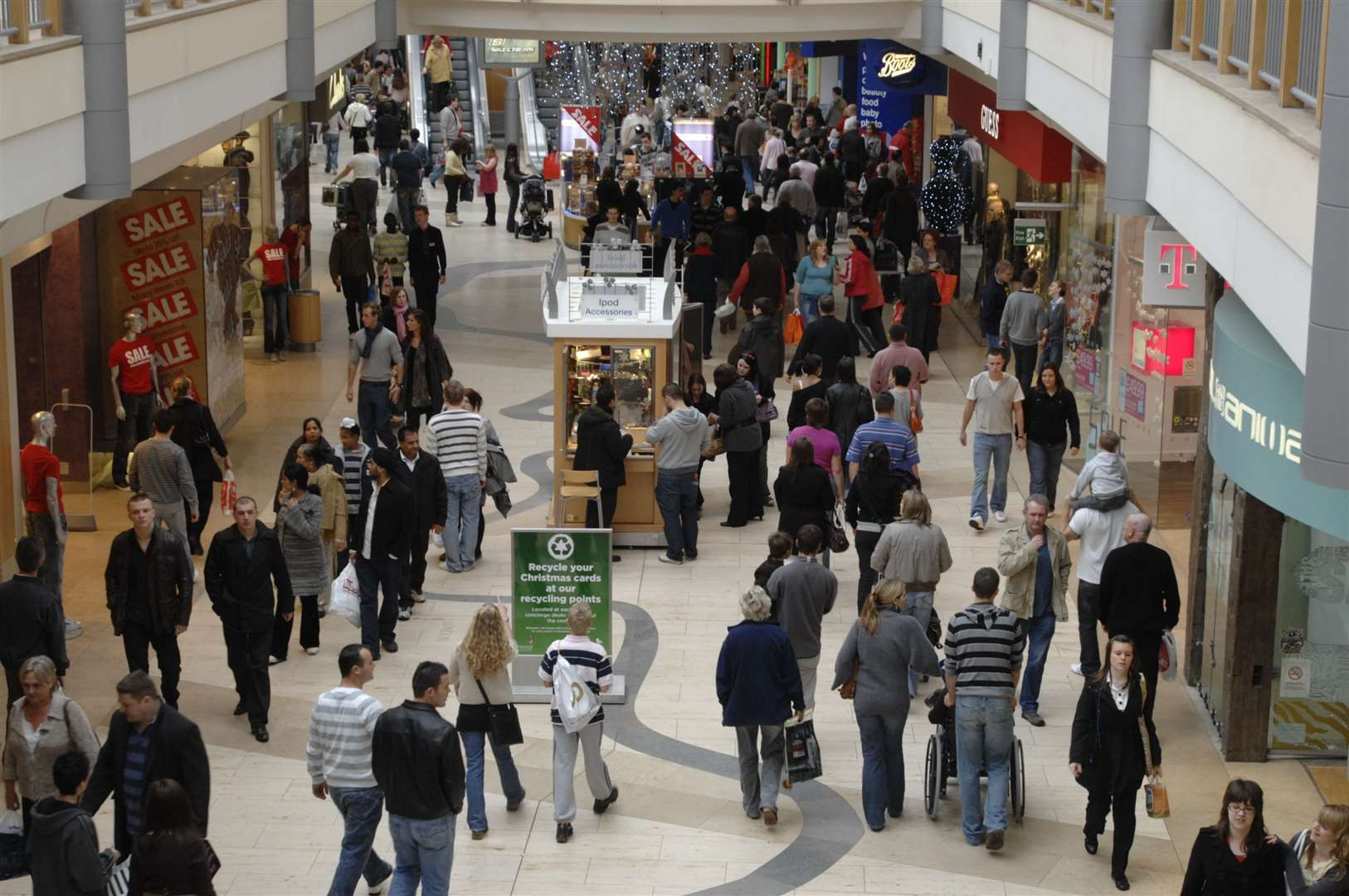 Post Christmas sales at Bluewater in 2007. Picture: Matthew Reading
