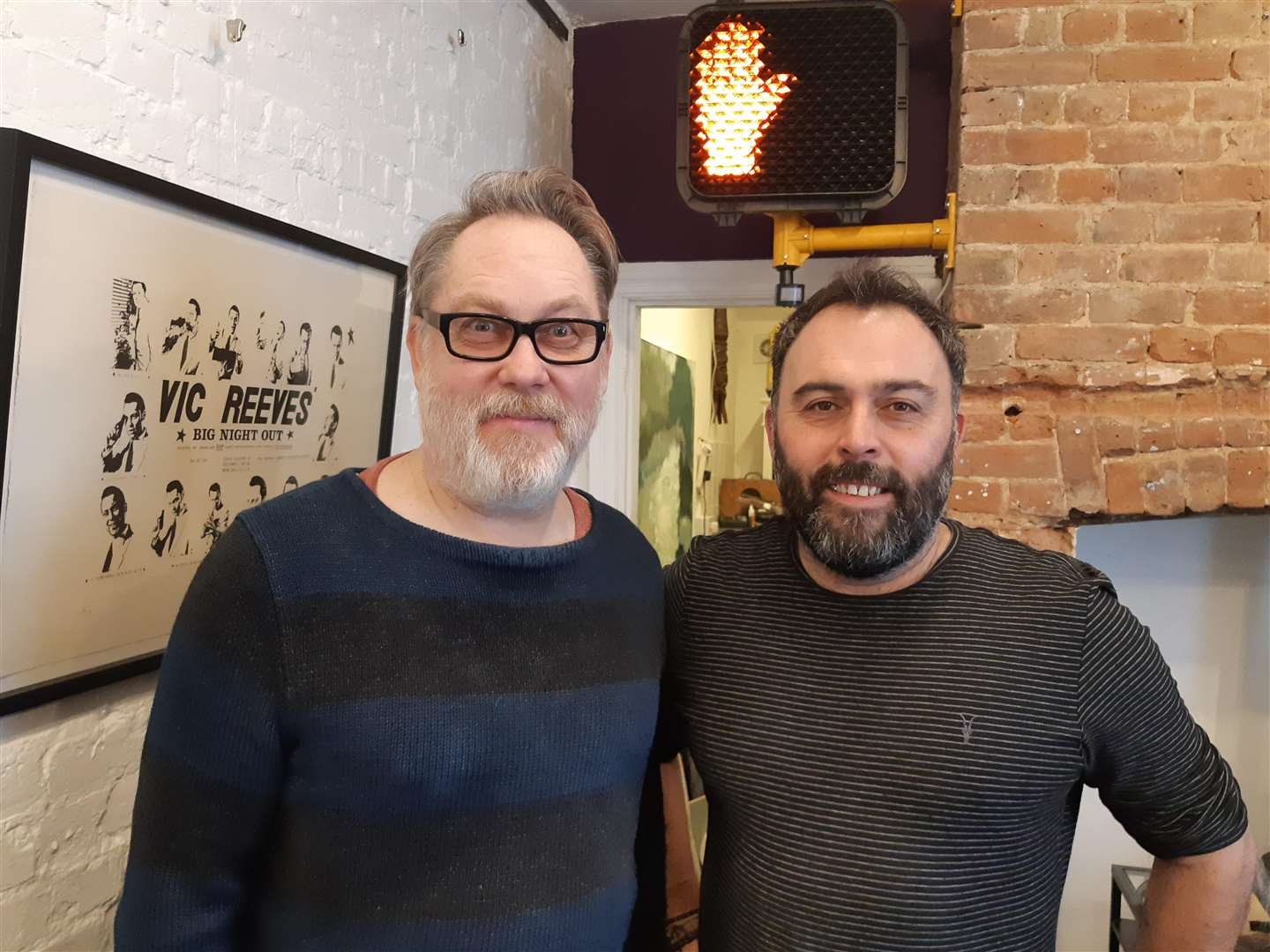 Vic Reeves with gallery owner Neil Horenz-Kelly (6599329)