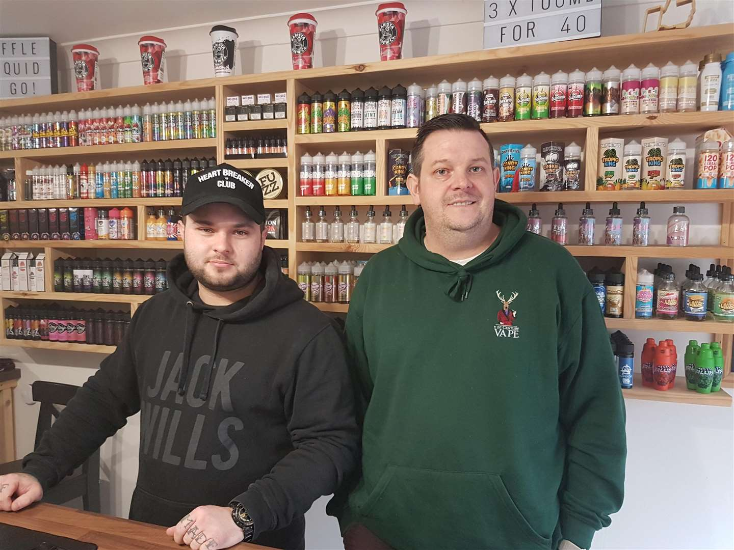 Store manager Bradley Dickason (left) and shop owner Sam Arthur are defiant after the theft. (6455140)