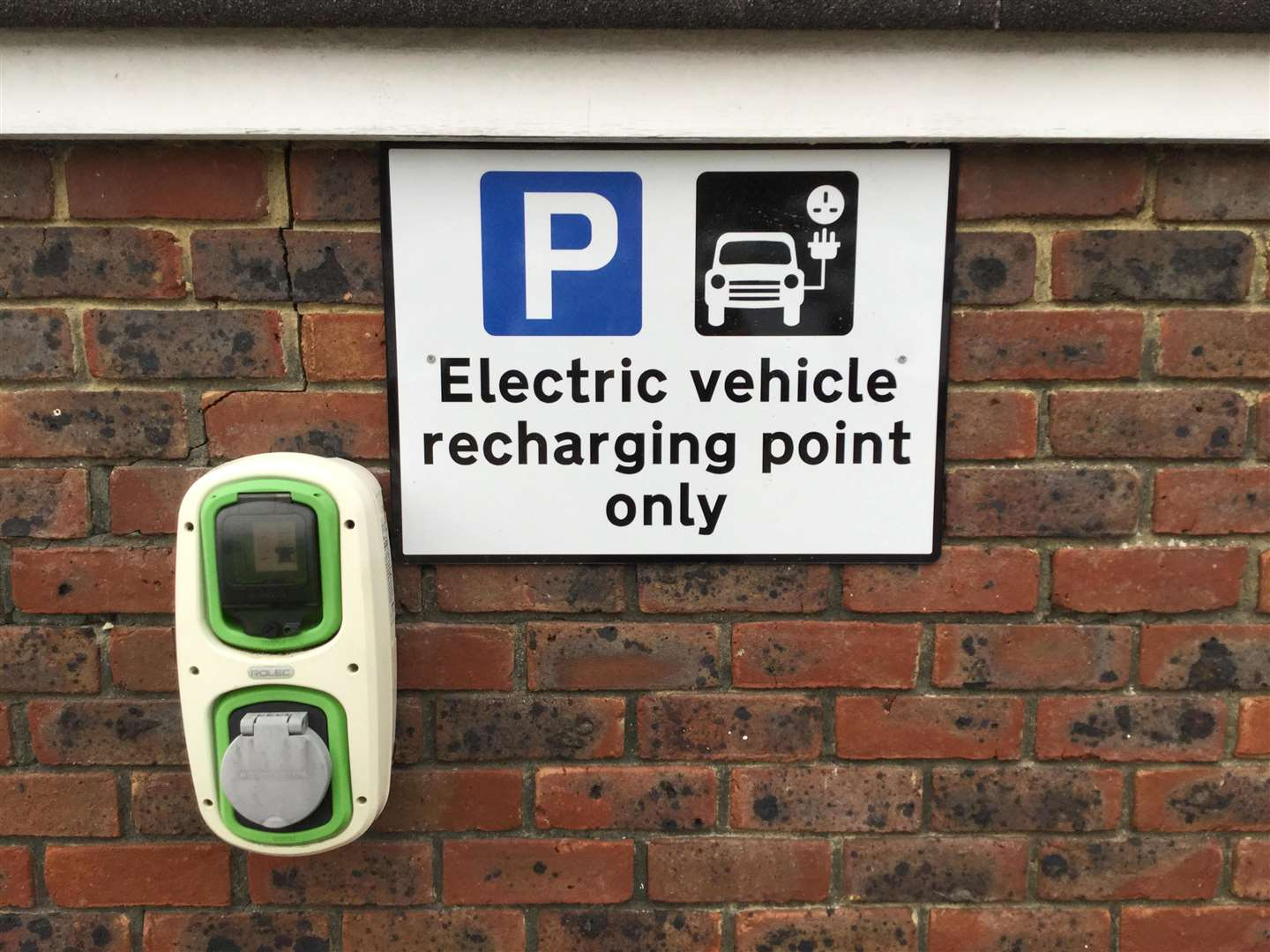 Electric charging points will be installed across Canterbury, Whitstable and Herne Bay