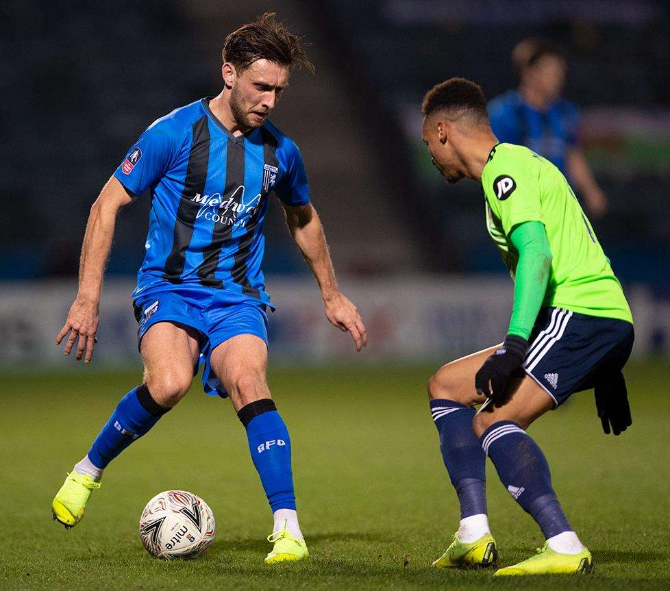 Luke O'Neill on the ball for Gillingham Picture: Ady Kerry (6334365)