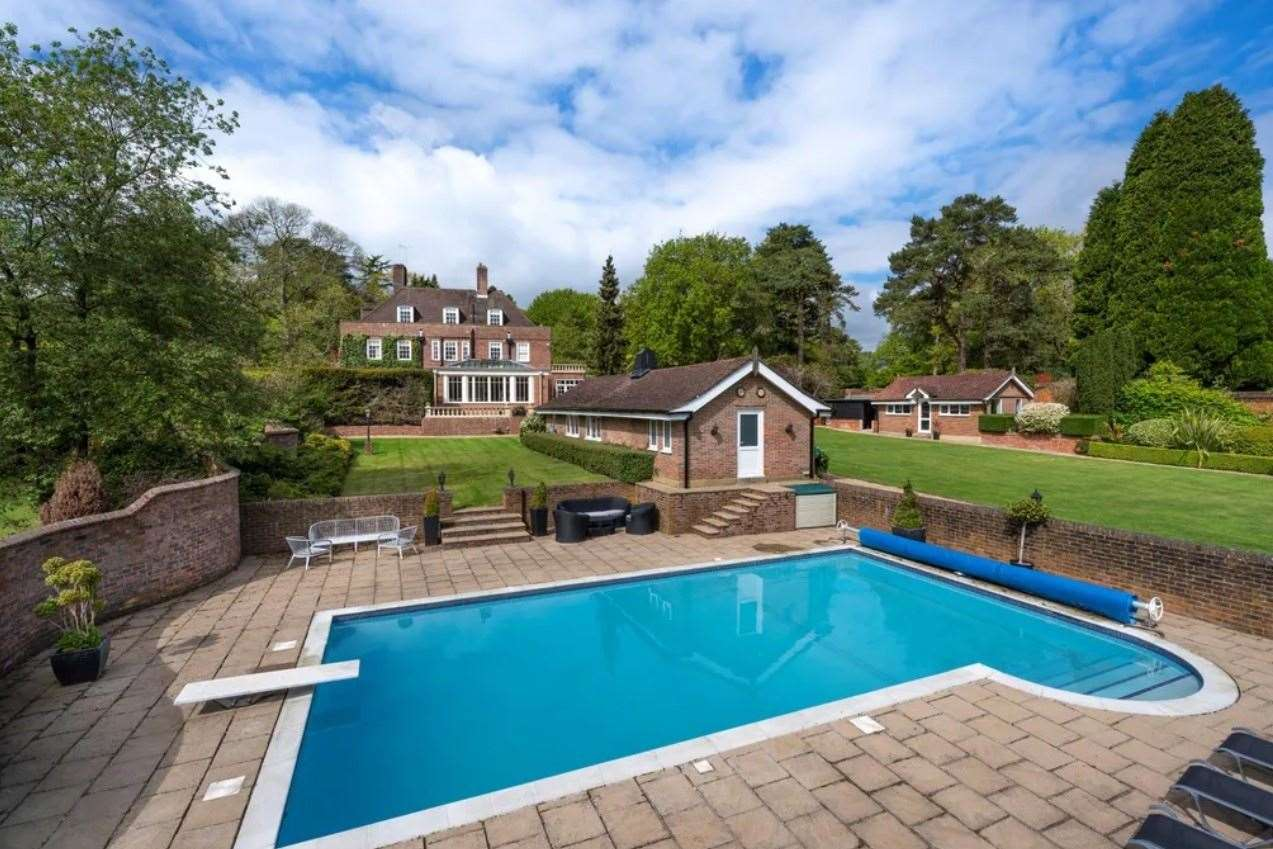 The property comes with a heated swimming pool. Picture: Zoopla / Knight Frank