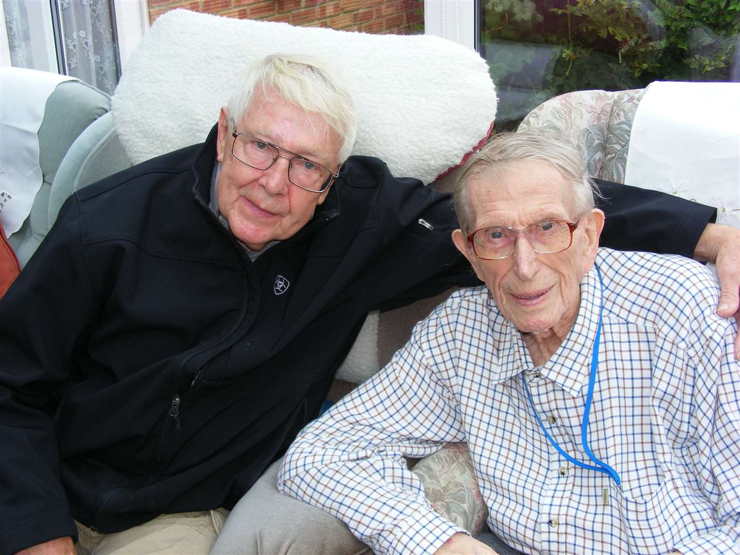 American radio ham Bill 'Doc' Maxson (left) meets Sheppey's Ted Trowell at his Minster care home. Picture: Colin Johnson