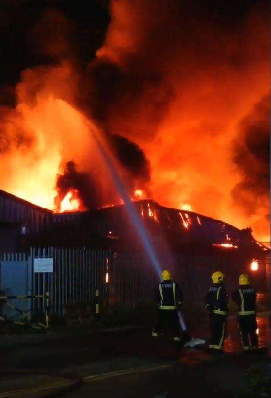 The fire at Riverside Industrial Estate, Dartford. Picture: @dazzler_1972