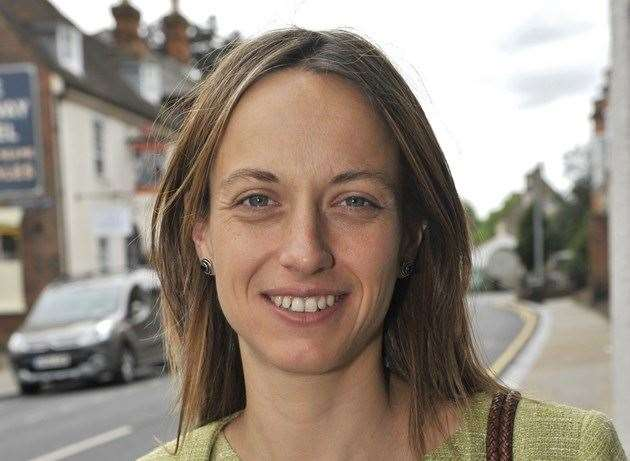 Helen Whately (15285738)