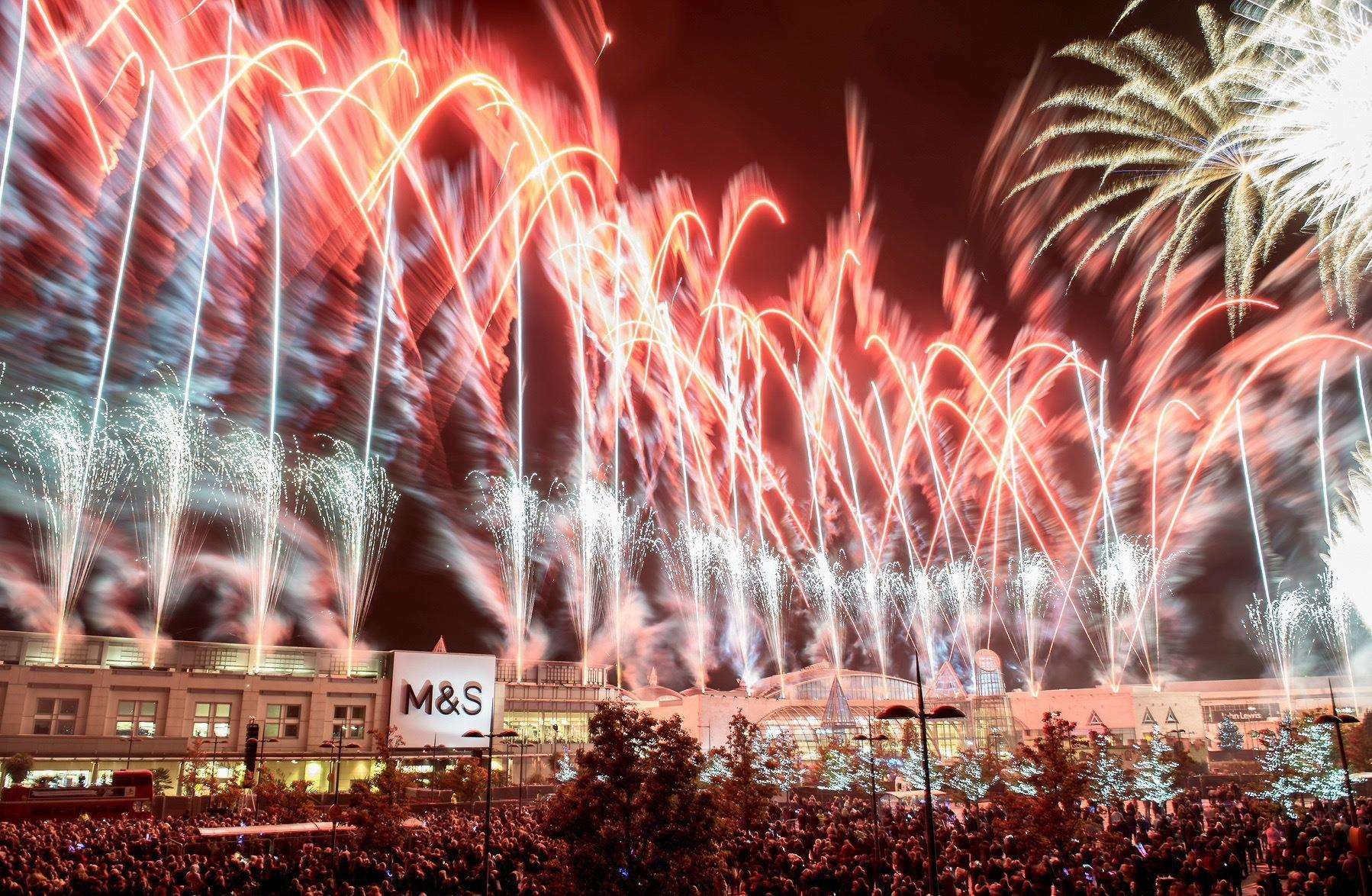 Dartford: Bluewater Christmas lights switch-on and Christmas calendar unveiled