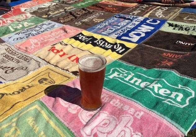 A couple of days later I was still getting beautifully brewed and chilled wheat beer to enjoy in the sunshine – though some of the beer towels in my home-made picnic blanket look very dated