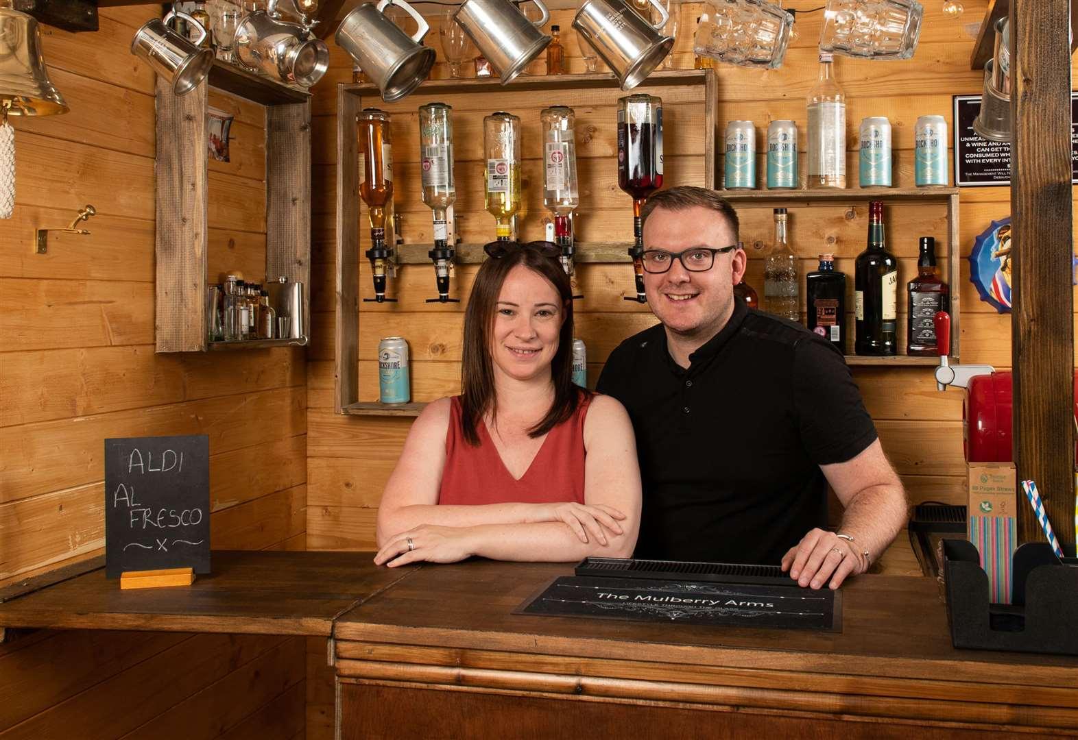 Prize-winning backyard boasts pub and Love island pit