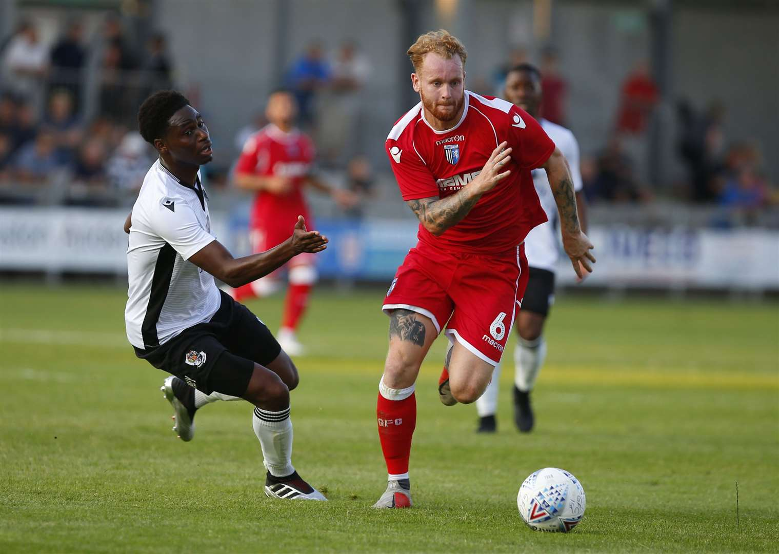 Jordan Wynter and Connor Ogilvie compete for the ball Picture: Andy Jones