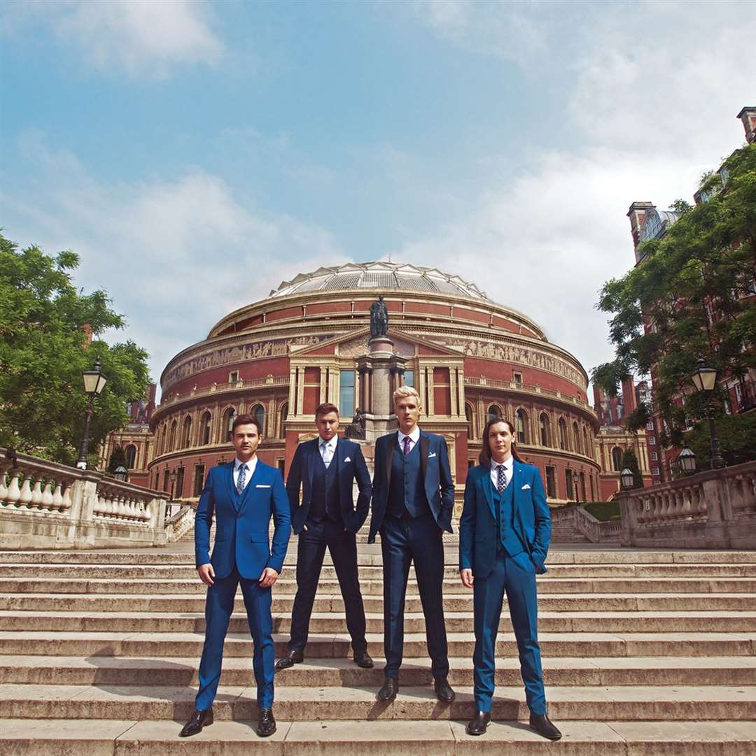 COLLABRO are on the Road To The Albert Hall. (11865637)