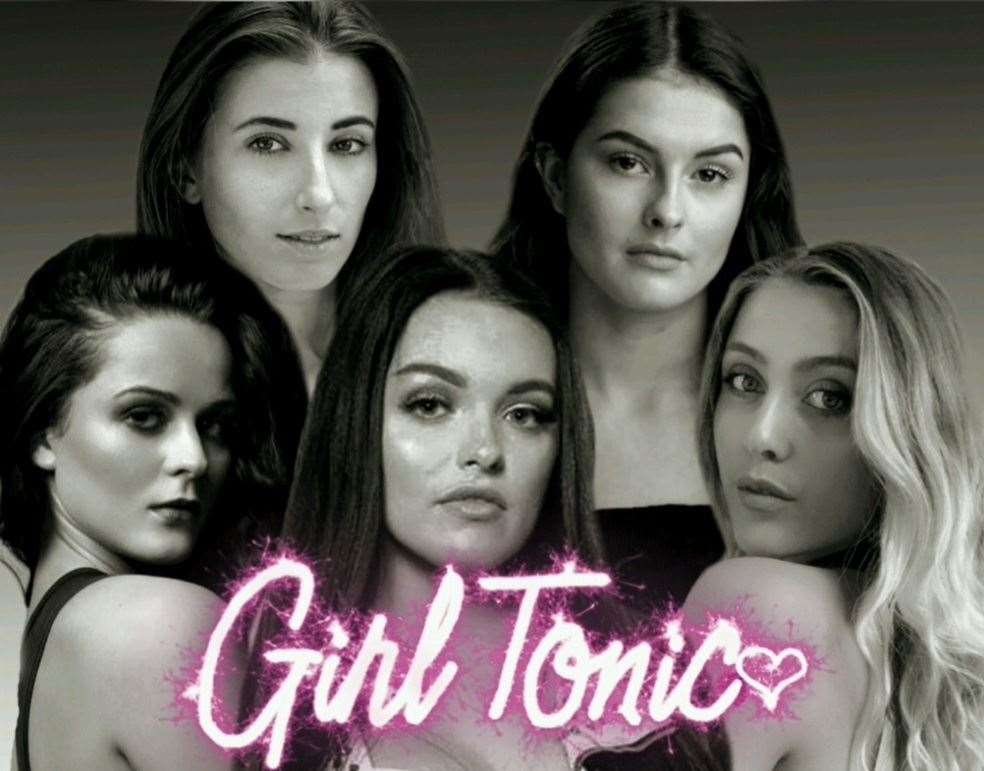 Girl Tonic featuring Nicole Carter, 21, from Minster, Sheppey