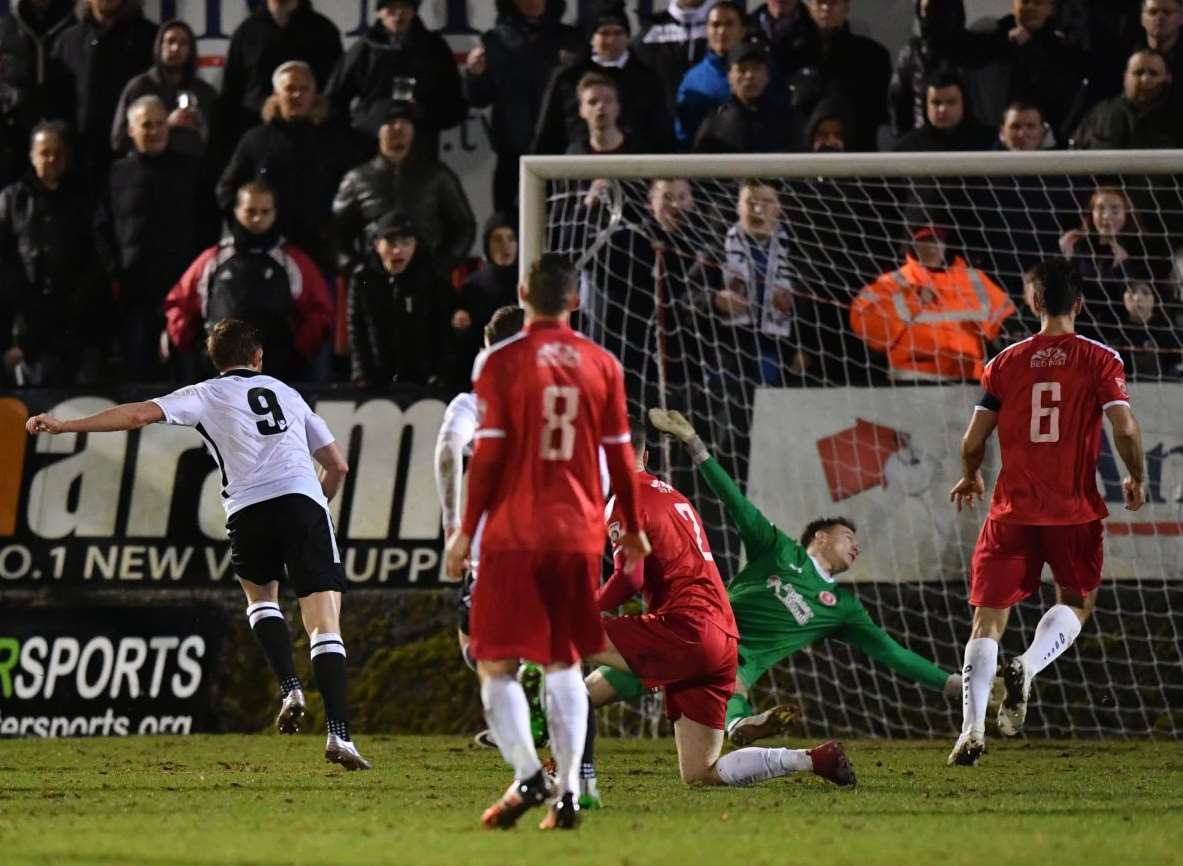Dartford's Tom Murphy is denied by Welling keeper Chris Lewington in the second half. Picture: Keith Gillard