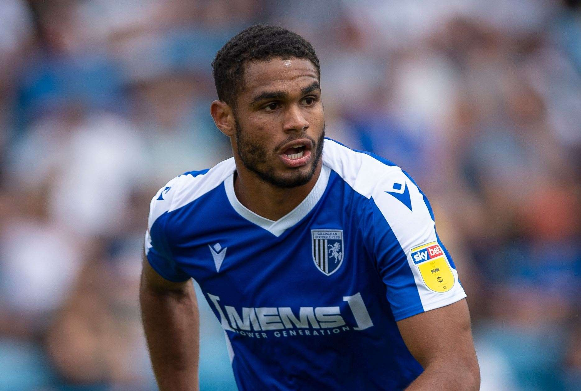 Gillingham 1 Southend United 1: Mikael Mandron on target to cancel out Issac Hutchinson's goal